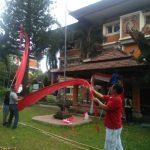 Dokumentasi Pemasangan Bendera menyambut Hari Kemerdekaan RI ke-75 di Kantor DKLH Prov. Bali & UPTD